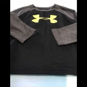 Boys under armour shirt size 2T